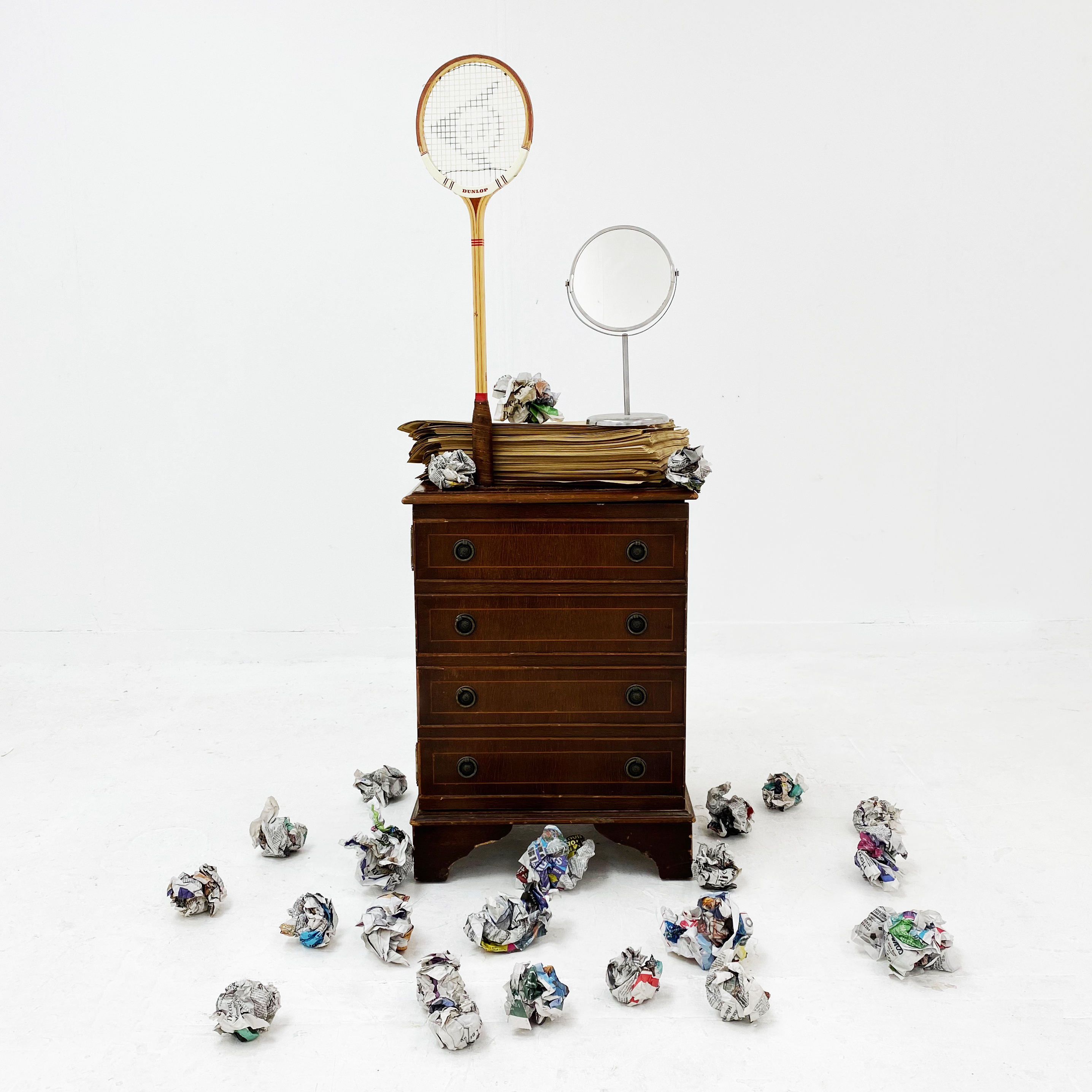 'Narcissus is back' installation. 2020 Found objects.
