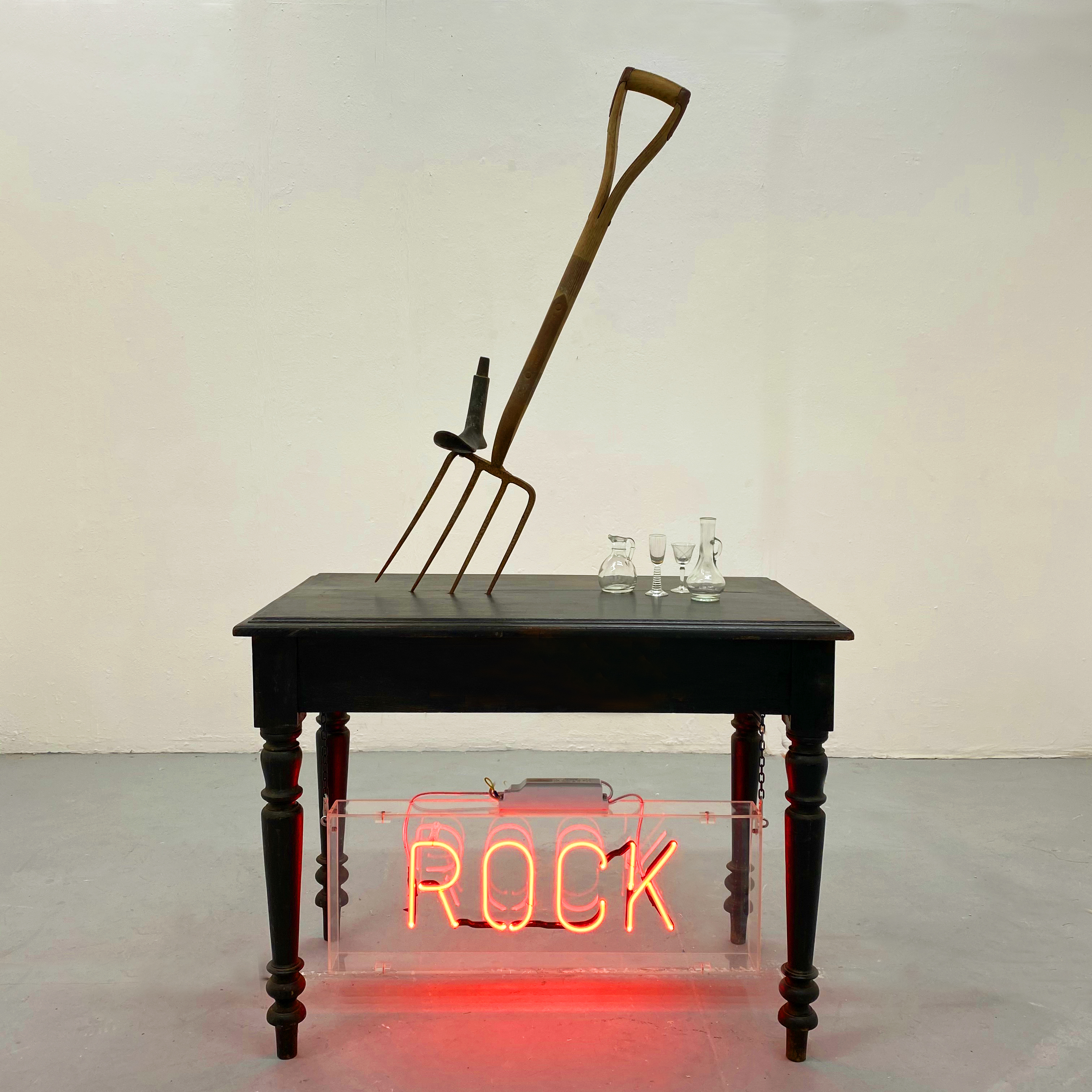 Rock. 2020. Installation. Found objects.